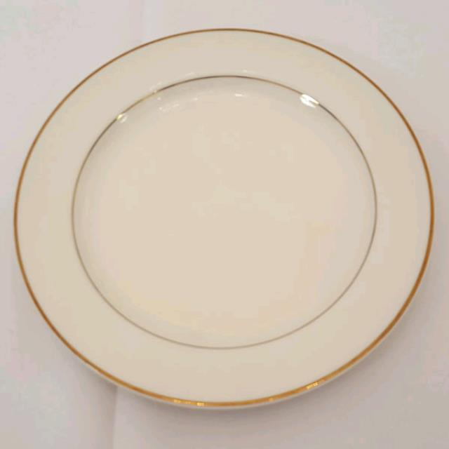 Where to find China GB ivory plate 10 in Philadelphia